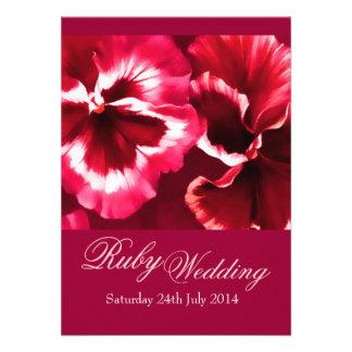 El banquete de boda de rubíes invita al 40 o rosa comunicado personalizado