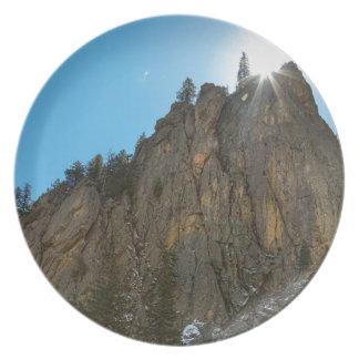 El barranco de Boulder estrecha el pináculo Platos De Comidas