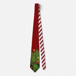 El bastón de caramelo raya agujas del pino del corbata