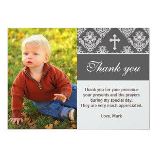 El bautismo le agradece observar la tarjeta gris invitación 12,7 x 17,8 cm