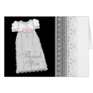 El bautizo del rosa de la niña del vestido de las tarjeta pequeña