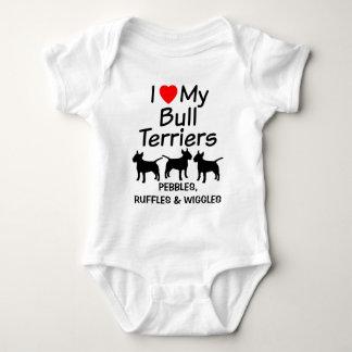 El bebé ama tres perros de bull terrier body para bebé
