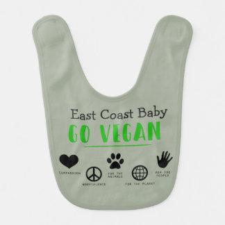 El bebé de la costa este va vegano para el babero