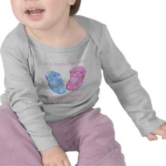 El bebé hermana la camiseta del niño del chica de
