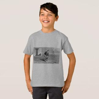 El béisbol L inicial se divierte el campo Camiseta