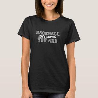 El béisbol no está agujereando la camiseta básica