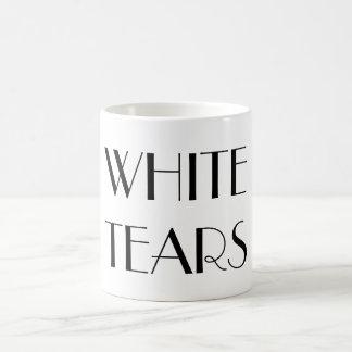 El blanco rasga la taza en texto de lujo