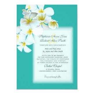 El boda azul de encargo de las flores hawaianas invitación 12,7 x 17,8 cm
