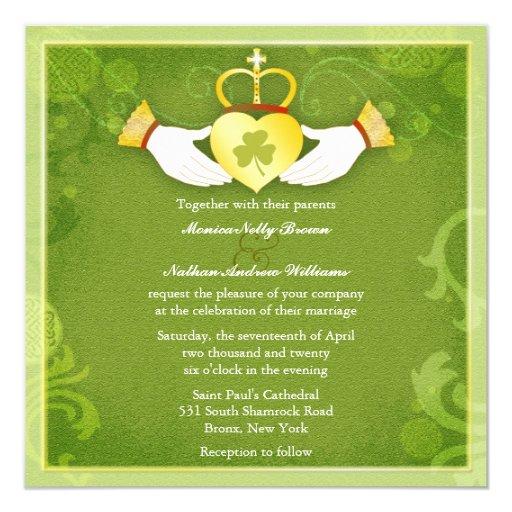 El boda céltico del verde del corazón de Claddagh Invitación 13,3 Cm X 13,3cm