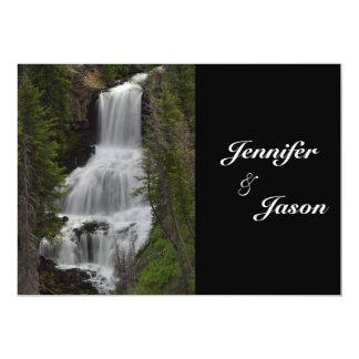 El boda de la cascada del parque nacional de invitación 12,7 x 17,8 cm