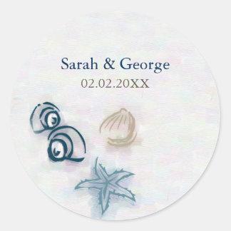 El boda de playa de los Seashells favorece a los Pegatina Redonda