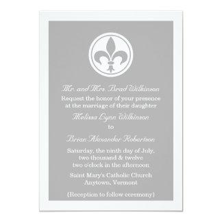 El boda elegante de la flor de lis invita, gris invitación 12,7 x 17,8 cm