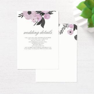 El boda floral púrpura detalla tarjetas del