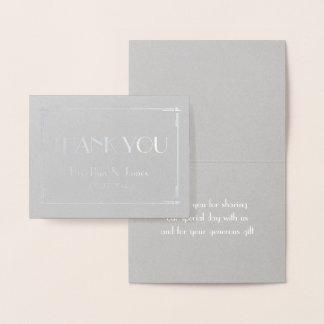 El boda gris real del efecto metalizado de plata tarjeta con relieve metalizado