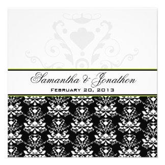 El boda negro y blanco del acento del verde del da invitacion personal