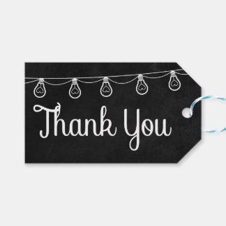 El boda negro y blanco detalla luces de la pizarra etiquetas para regalos