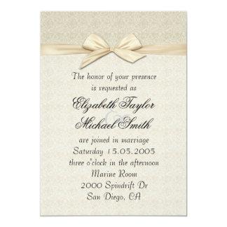 El boda perfecto beige de lujo de la cinta del invitaciones personales
