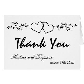 El boda personalizado los corazones dobles le tarjeta pequeña