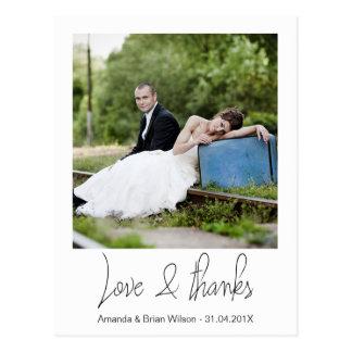 El boda simple de la foto le agradece postal