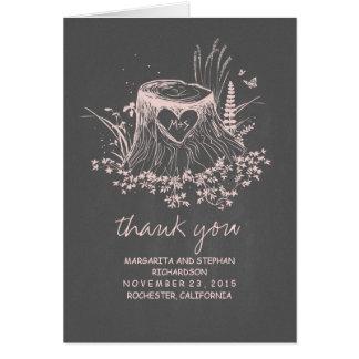 el boda tallado tocón viejo rústico del corazón le tarjeta pequeña
