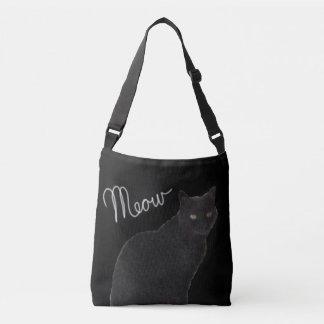 El bolso del maullido del gato negro