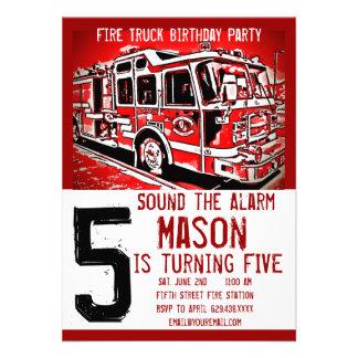 El bombero del coche de bomberos embroma invitacio comunicados personalizados