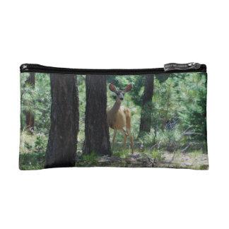El borde Bambi de Mogollon compone el bolso