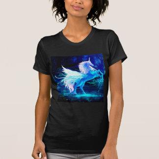 El bosque del unicornio protagoniza el azul de camisas