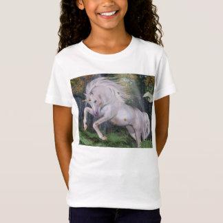 El bosque del unicornio protagoniza el azul de camiseta