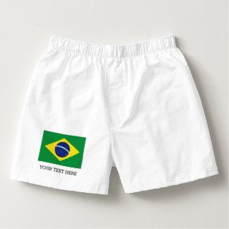 El boxeador brasileño de la bandera pone en calzoncillos