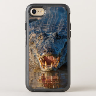 El Caiman muestra sus dientes, el Brasil Funda OtterBox Symmetry Para iPhone 8/7