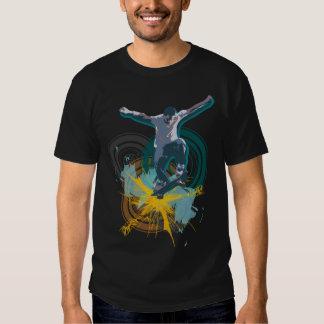 El camisetas oscuro de los hombres de Sk8boarder