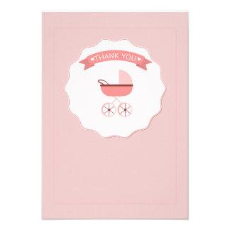 El carro de bebé rosado le agradece Notecard