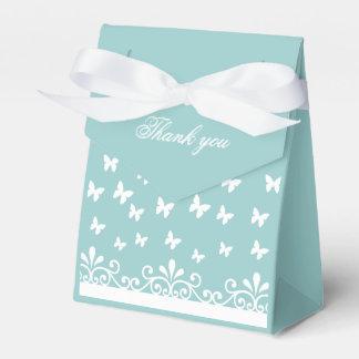El casarse blanco azul claro de las mariposas le caja de regalos