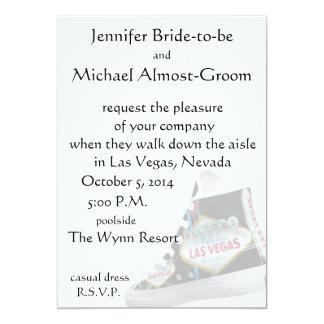 El casarse de Las Vegas: paseo abajo del pasillo Invitación 12,7 X 17,8 Cm