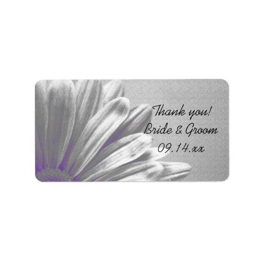 El casarse floral púrpura de los puntos etiquetas de dirección