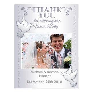 Postal El casarse le agradece los Lovebirds de la postal