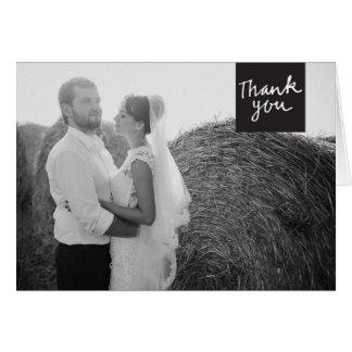 El casarse le agradece negro y blanco de la tarjeta de felicitación