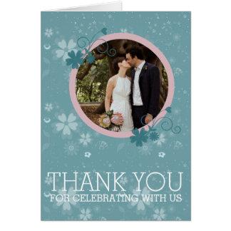 El casarse le agradece tarjeta floral azul de la