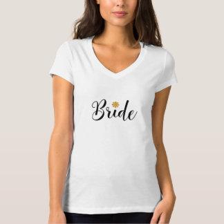 El casarse nupcial de la ducha de la novia camiseta
