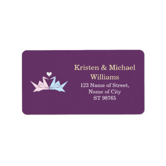 El casarse (púrpura) de papel colgante de las etiqueta de dirección