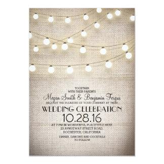 El casarse rústico de las luces del cordón y de la invitación 12,7 x 17,8 cm