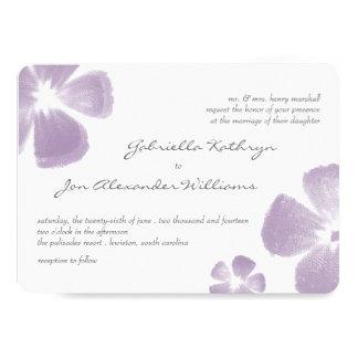 El casarse tropical violeta de las flores de la invitación 12,7 x 17,8 cm