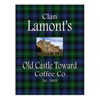 El castillo viejo de Lamont del clan hacia el café Postal