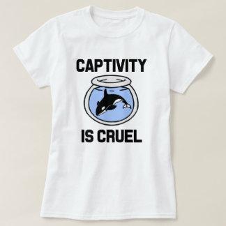 El cautiverio es la camisa de las mujeres crueles