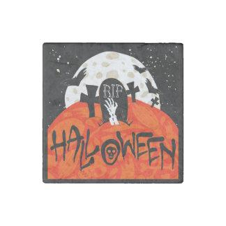 El cementerio fantasmagórico de Halloween golpea Imán De Piedra