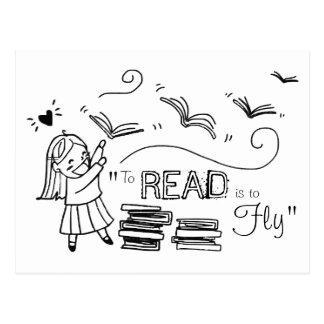El chica del lector a leer debe volar la postal