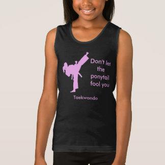 El chica del Taekwondo no deja la cola de caballo Camiseta De Tirantes