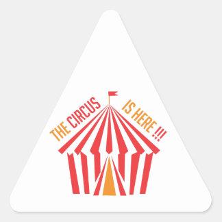 El circo está aquí pegatina triangular
