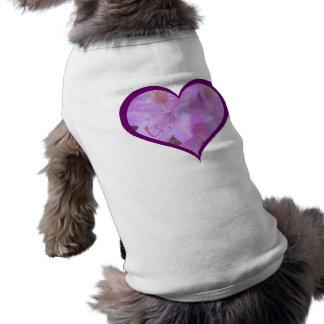 El ciruelo arregló la camiseta floral rosada del camiseta sin mangas para perro